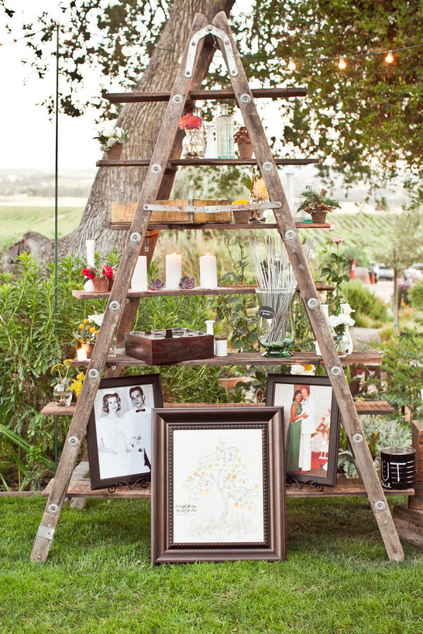 displaying photos at your wedding stylemepretty-com-chloemurdochphotography-com