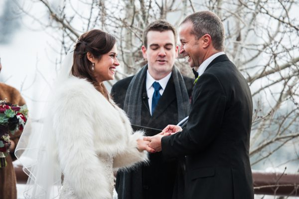 20 tips for planning a winter wedding stylemepretty-com-coryryan-com