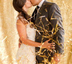 Gold Winter-Wedding-Confetti-Ideas
