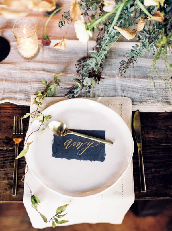Christmas Wedding Place Settings artfullywed-com-emilykatharine-com