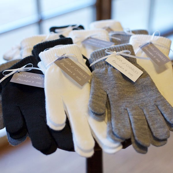 winter wedding favours gloves to have and to hold in case you get cold