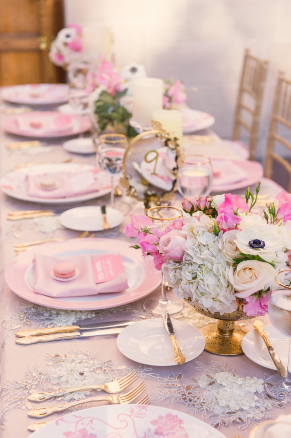 pretty table cloths wedding