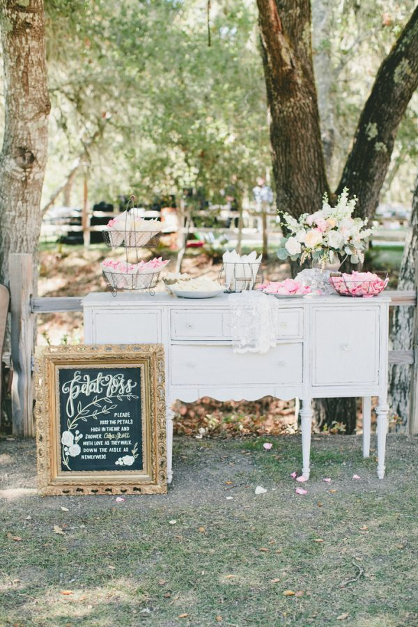 Create A Wedding Confetti Bar For Your Guests  theknot-com-onelove-photo-com