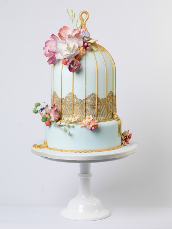10 Ways To Include Birds And Birdcages At Your Wedding willowandbloomcakes-co-uk