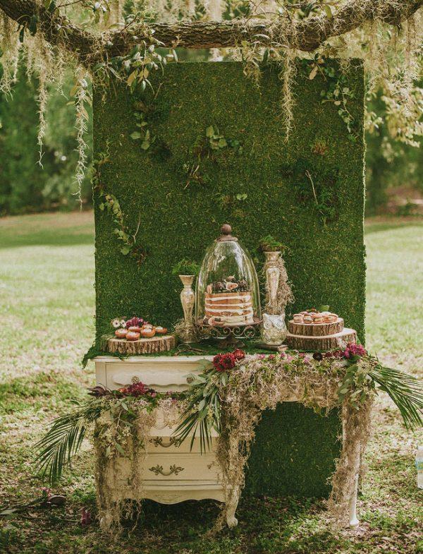 woodland wedding backdrops moss