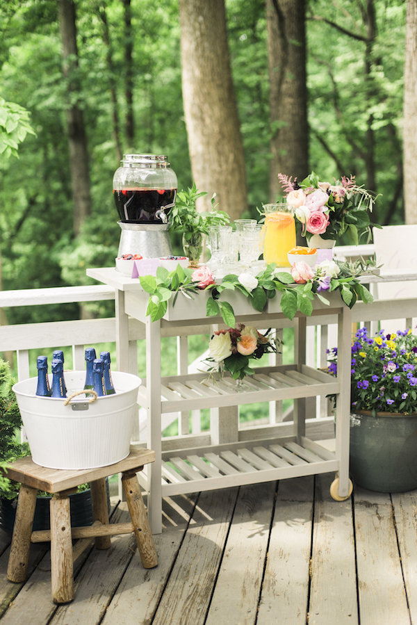 Spring Wedding Drink Station Inspiration View More: http://kristaajones.pass.us/babyshower