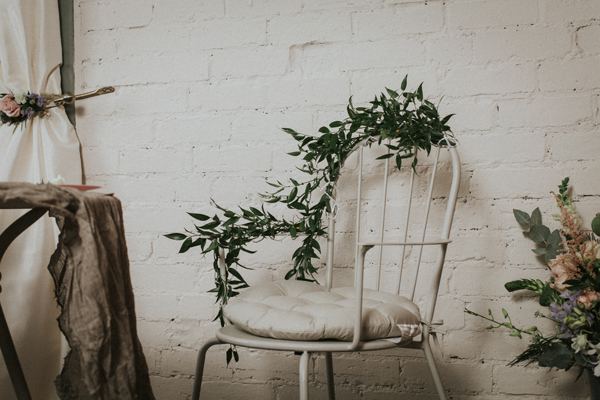Industrial whimsical wedding styling from the wedding of my dreams terrariums grey table cloths copper candle sticks (6)