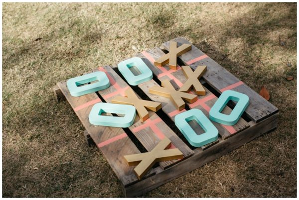 15 Wooden Pallet Wedding Ideas jessicabarley.co