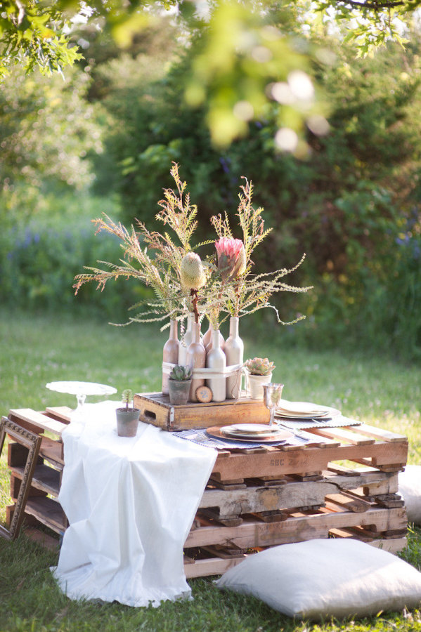 15 Wooden Pallet Wedding Ideas stylemepretty.com - whiteshutter.com