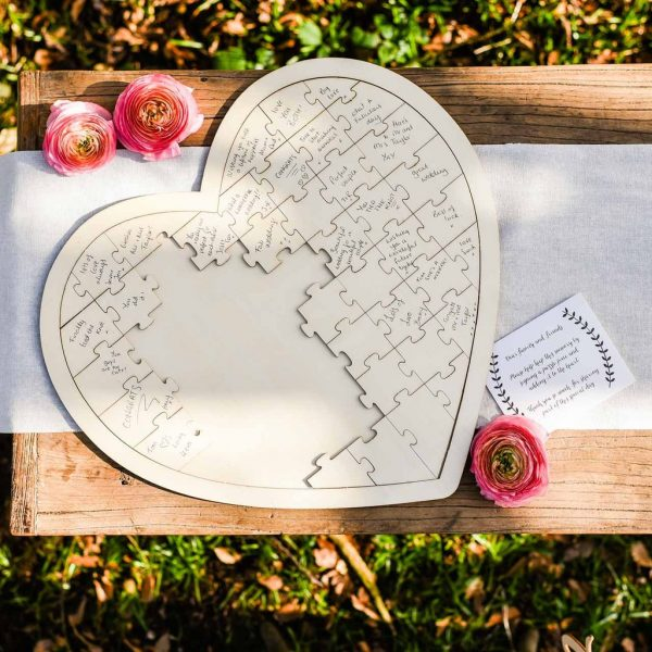 Alternative Guest Book Ideas for Summer Weddings available to buy online from @theweddingomd Birmingham Wedding Photographer