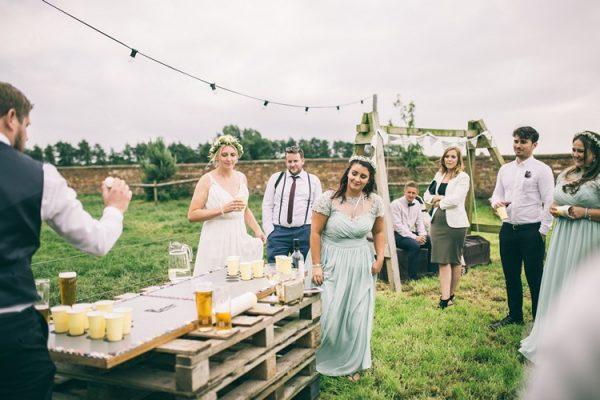 summer wedding fun ideas outdoor games The Wedding of my Dreams BEER PONG
