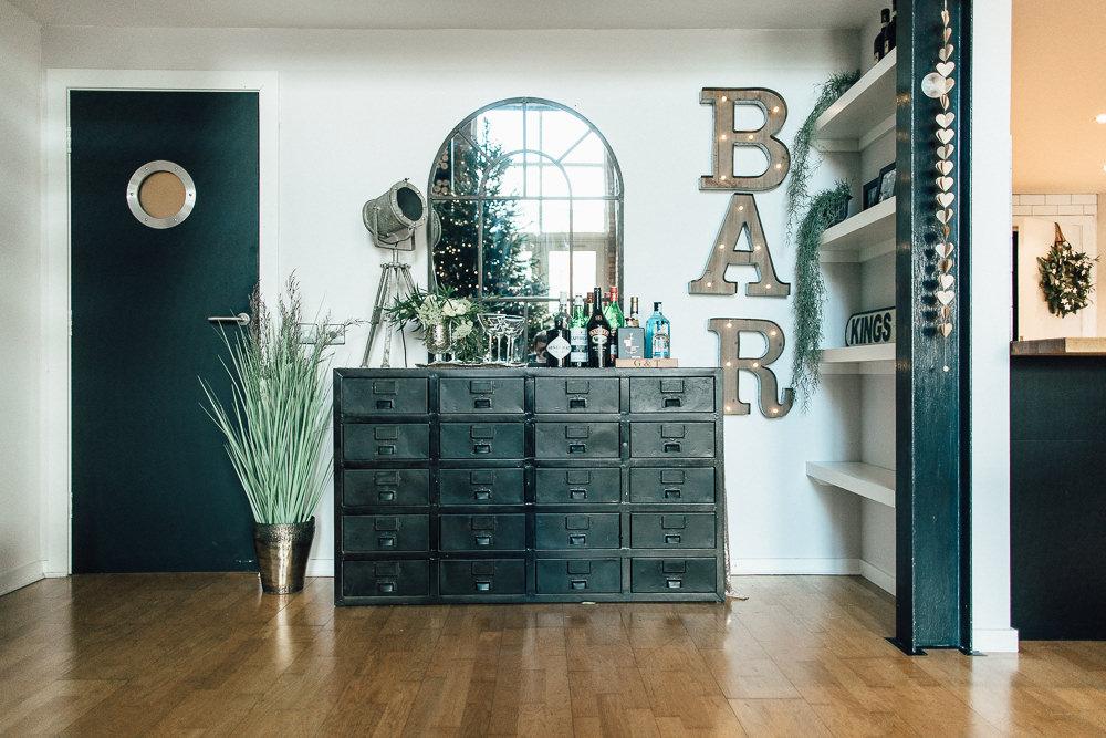 Industrial Living loft apartment Bar Storage Mirror