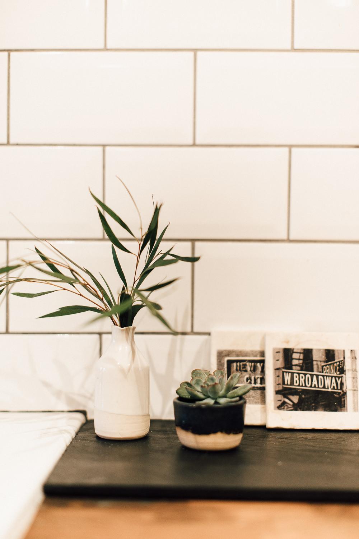 Industrial Living loft apartment Kitchen subway tiles (41)