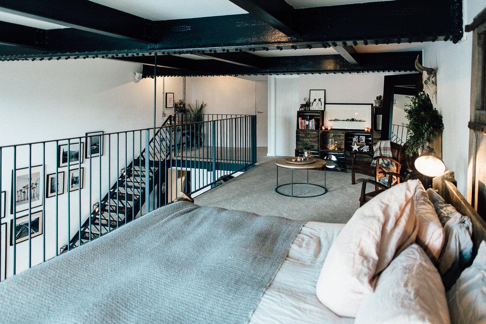 Industrial Living loft apartment bedroom