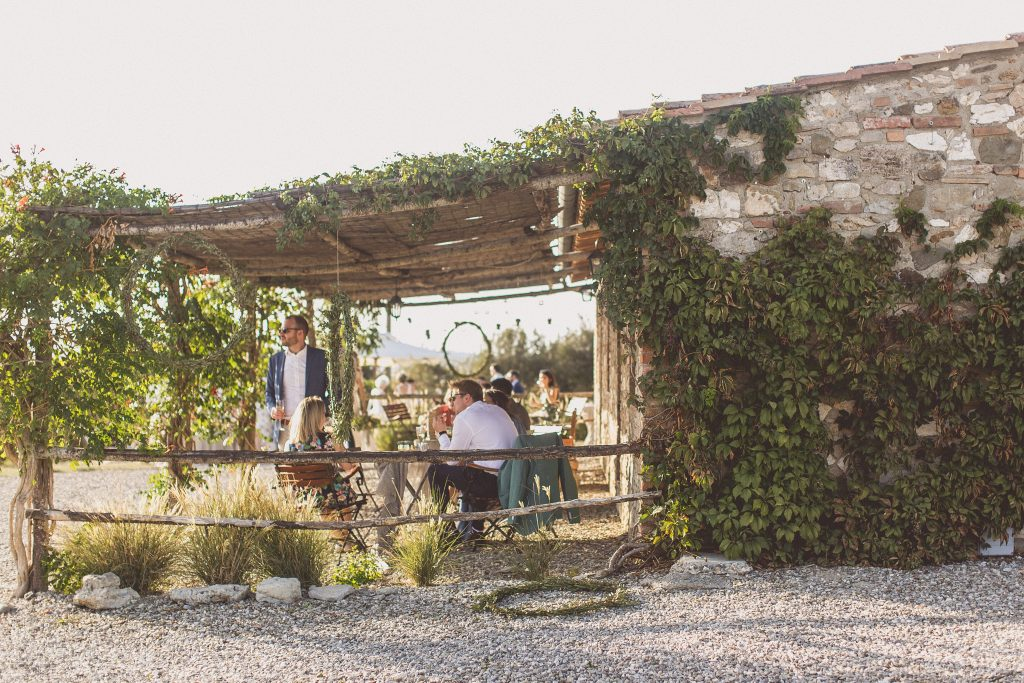 Drinks reception wedding outdoor Locanda In Tuscany