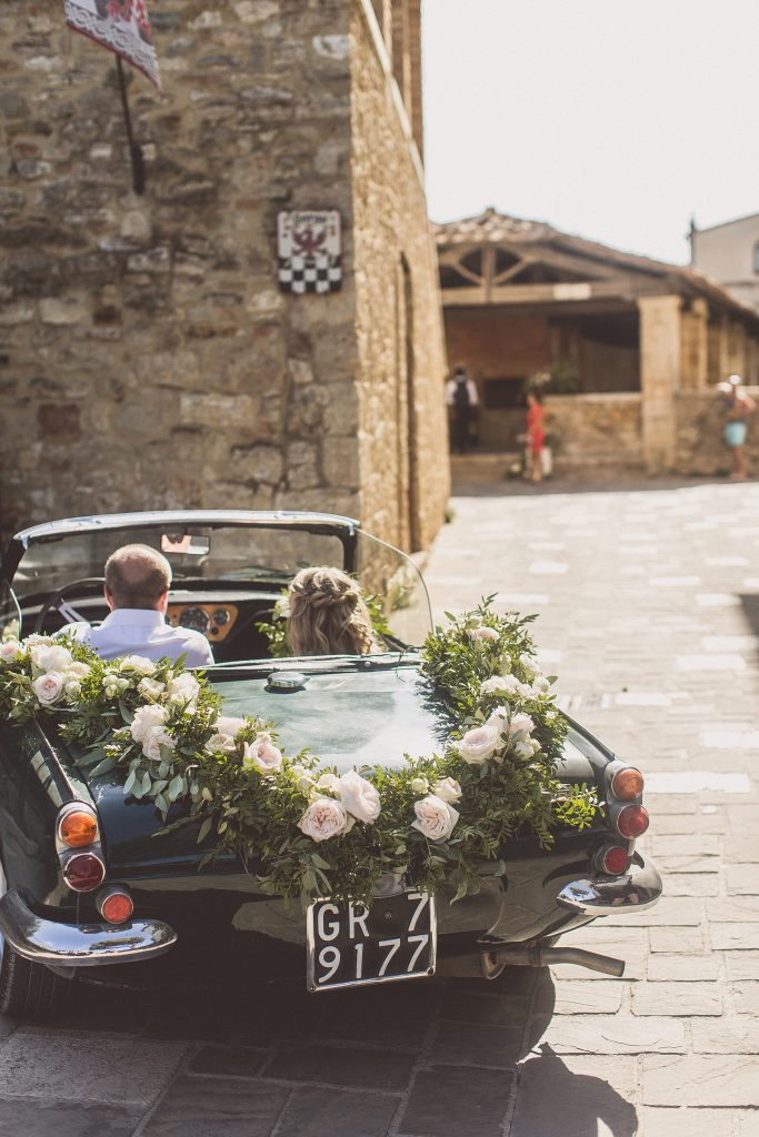 wedding car floral garland Italy Tuscany Bagno Vignoni Destination Wedding