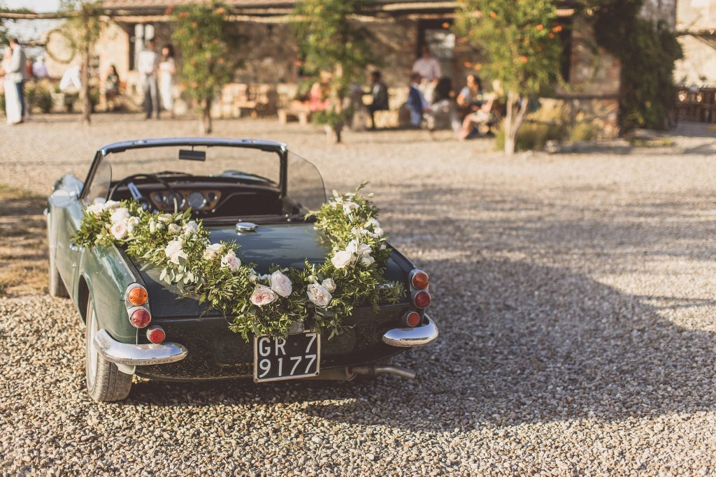 wedding car garlands Locanda In Tuscany