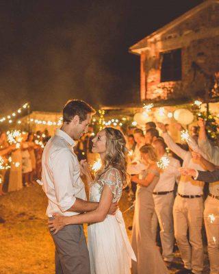 wedding sparklers first dance