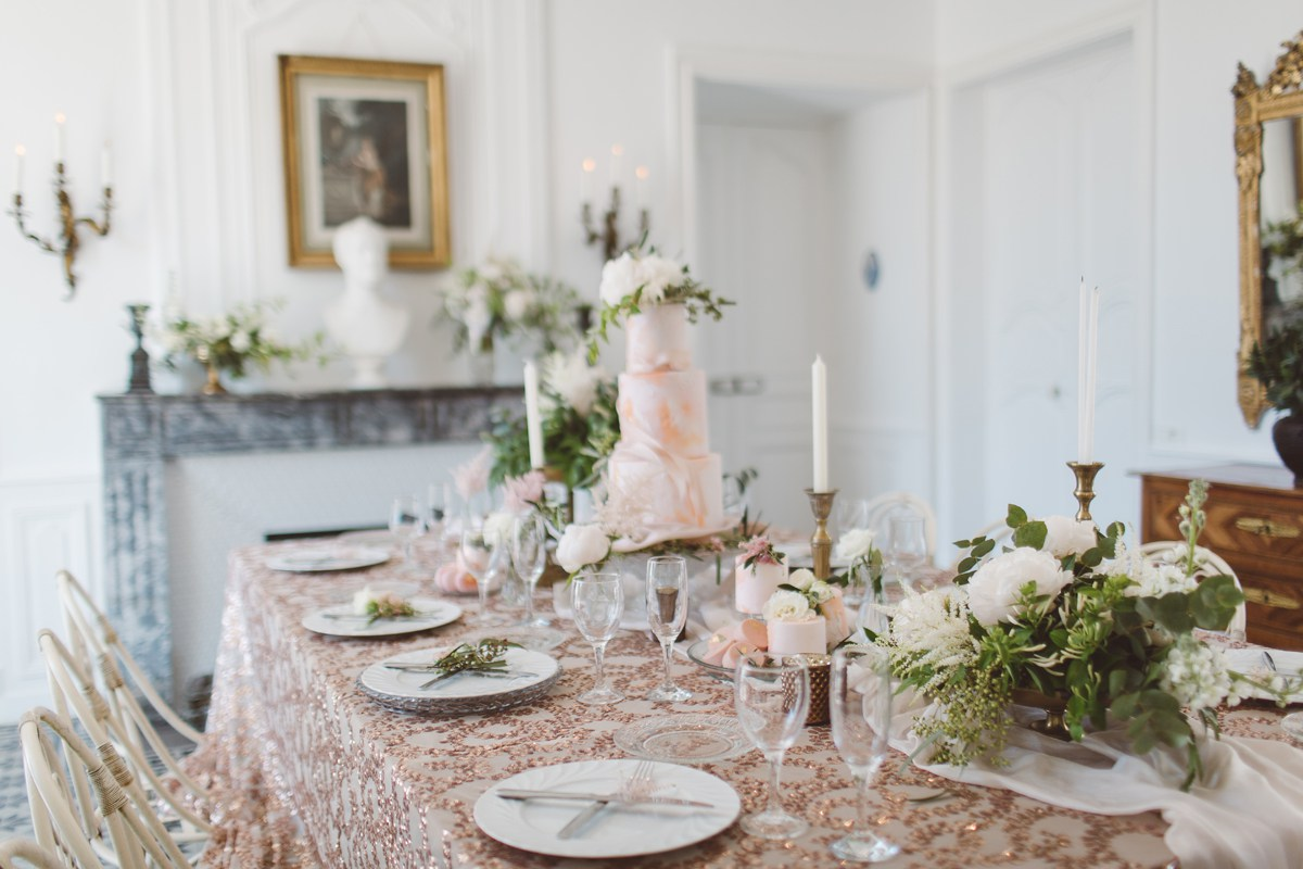 elegant pink gold bronze glass wedding tablescape 2