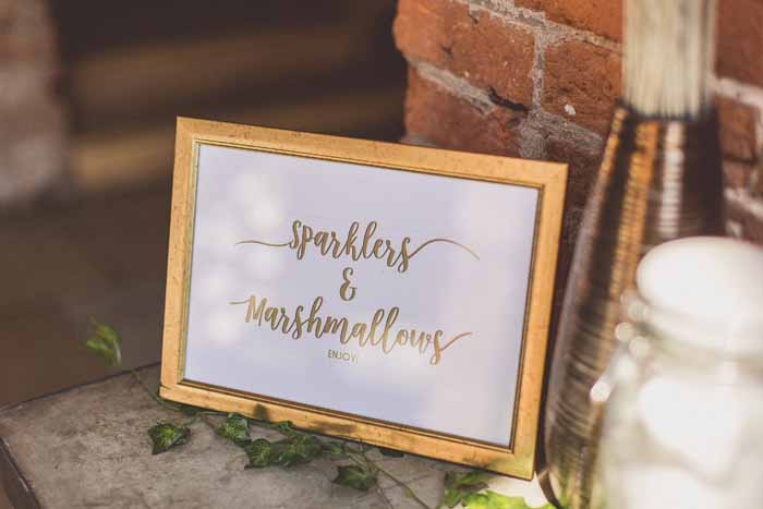 Barn wedding styling ideas - signage Barn wedding styling ideas - signage