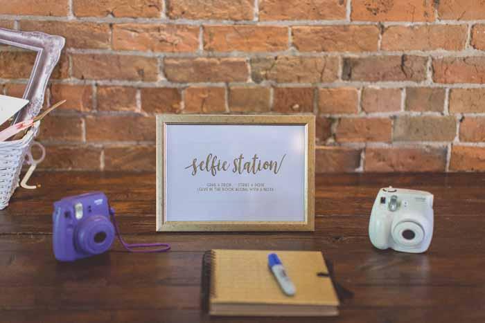 Barn wedding styling ideas - signageBarn wedding styling ideas - signage selfie station