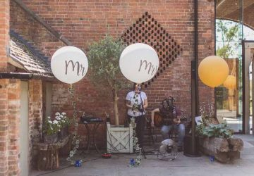 Large Mr Mrs Balloons statement wedding photos