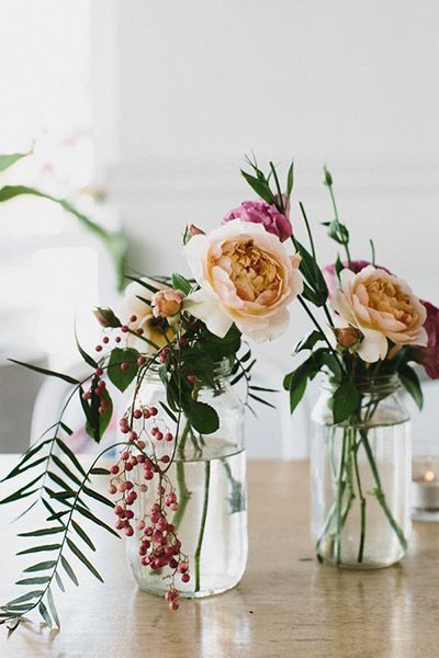 simple glass bud vases for weddings centrepiece ideas