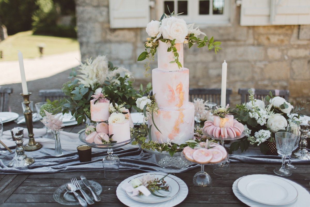wedding cake table soft pink grey gold bronze silver destination wedding ideas