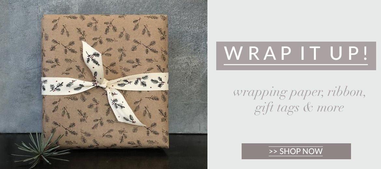 CHRISTMAS_wrapping_paper_7704ba87-4fe7-4ff7-9b98-25a8e446b718