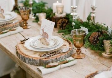 chirstmas table woodland