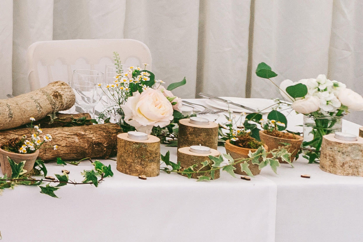 rustic-top-table-wedding-birtsmorton-court-4