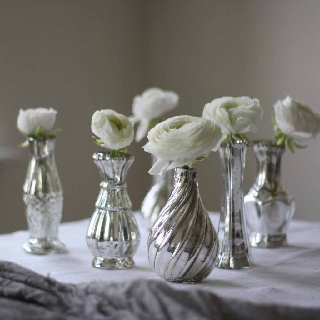 Grouping_of_mercury_silver_vases_for_weddings