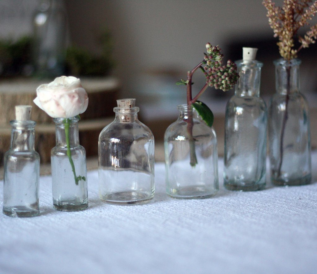 mini_glass_bottles_with_cork_stopper