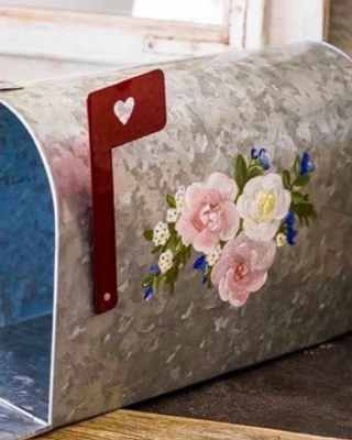 wedding mailboxes postboxes american style handpainted with flowers The Wedding of my Dreams