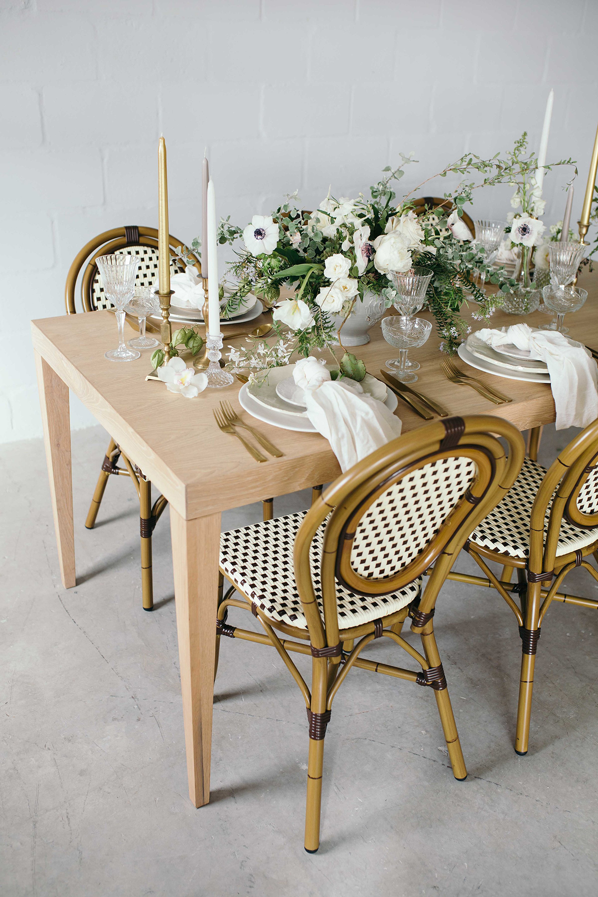 bloved-wedding-blog-french-inspired-table-syling-amo-creative-lindie-wilton-photography-12