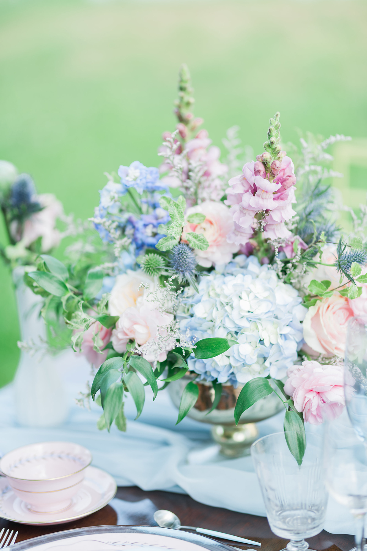 Summer Pastel Blue Amp Pink Wedding Flowers In Gold Footed