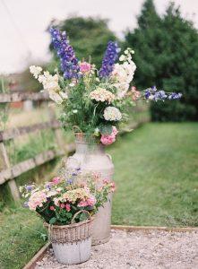 marquee wedding flowers ideas