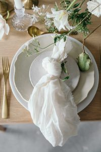 soft ivory linen napkins wedding place settings
