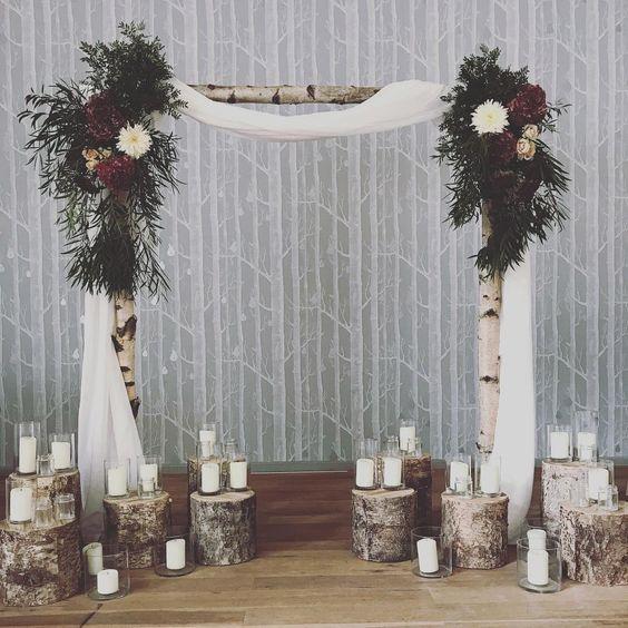 wooland wedding ceremony ideas backdrops tree stumps