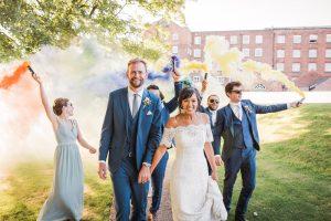 wedding smoke bombs photo ideas twig-and-vine-photography-68