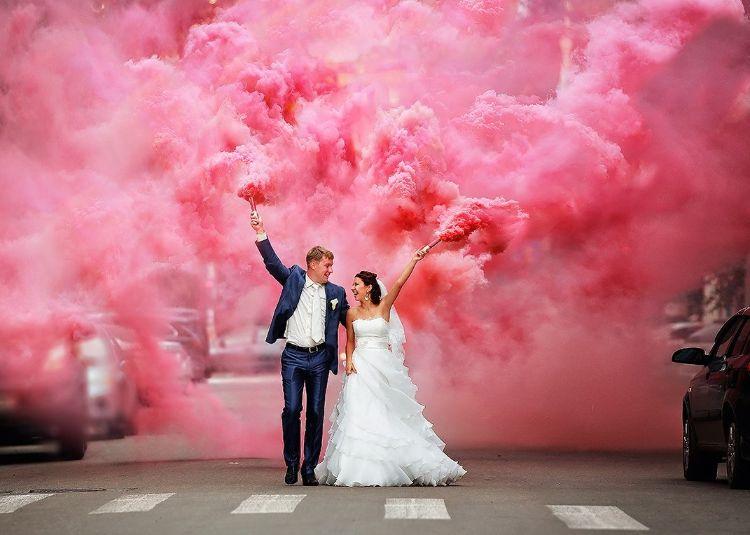 Wedding colour smoke bombs to buy The Wedding of my Dreams