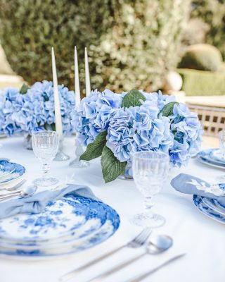 blue wedding flower ideas