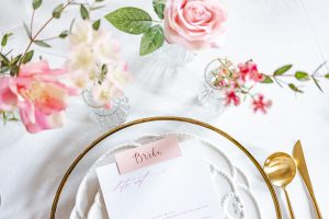 elegant gold wedding place settings