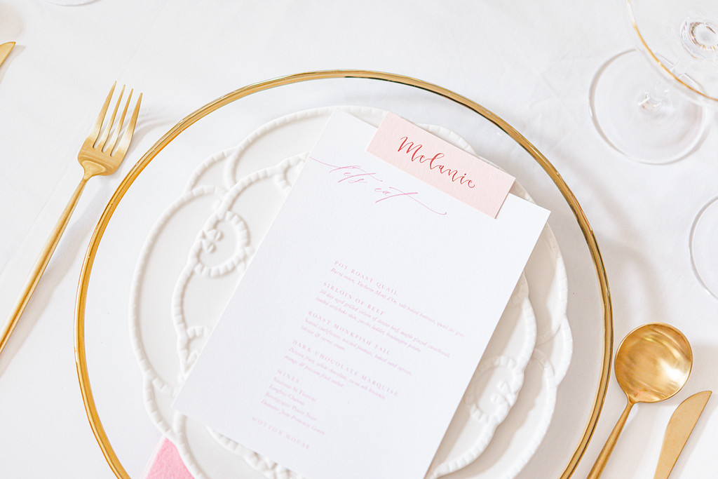 gold charger plates wedding ideas
